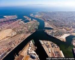 EUA recebem o maior navio que já atracou no país