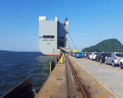 Porto de Paranaguá começa a operar berço exclusivo para veículos, máquinas e equipamentos