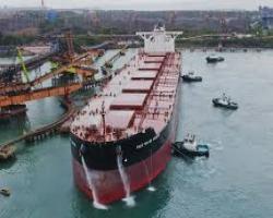 Apesar da introdução de meganavios, investimento em embarcações menores permanece ativo