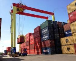 Fluxo de contêineres em portos cai 3%, mas supera expectativa do setor