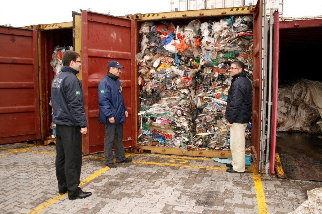 Conex�o Mar�tima - Empresa brit�nica admite ter exportado lixo ao ...